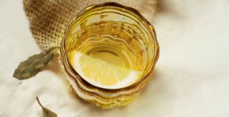 Extra Virgin Olive Oil and Lemon